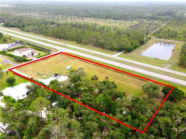 2070 Rialto Way, Alva, FL 33920 (#220032759) :: The Dellatorè Real Estate Group