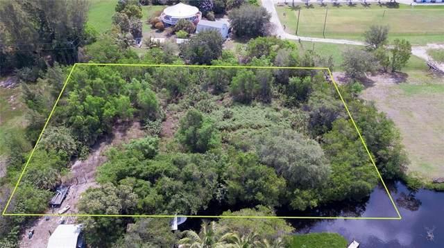 12140 Bohman Lane, Bokeelia, FL 33922 (#220035152) :: The Dellatorè Real Estate Group