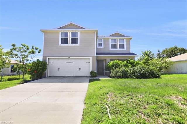 1206 NE 14th Place, Cape Coral, FL 33909 (MLS #220039972) :: RE/MAX Realty Group