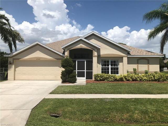 4524 Varsity Circle, Lehigh Acres, FL 33971 (MLS #220042345) :: Clausen Properties, Inc.