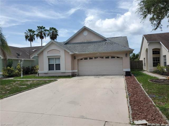 15270 Cricket Lane W, Fort Myers, FL 33919 (MLS #220045202) :: Florida Homestar Team