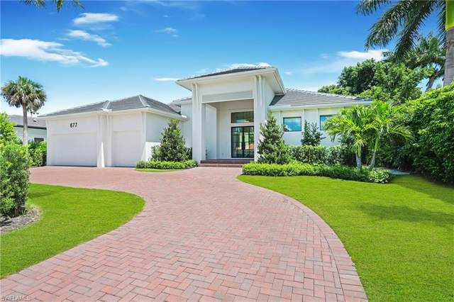 677 Fountainhead Lane, Naples, FL 34103 (MLS #220045278) :: The Naples Beach And Homes Team/MVP Realty