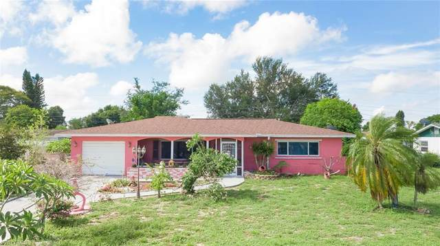 1518 Grandale Street, Lehigh Acres, FL 33936 (#220045442) :: Southwest Florida R.E. Group Inc