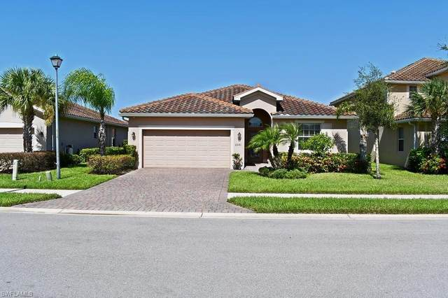 2391 Heydon Circle E, Naples, FL 34120 (MLS #220046398) :: Dalton Wade Real Estate Group