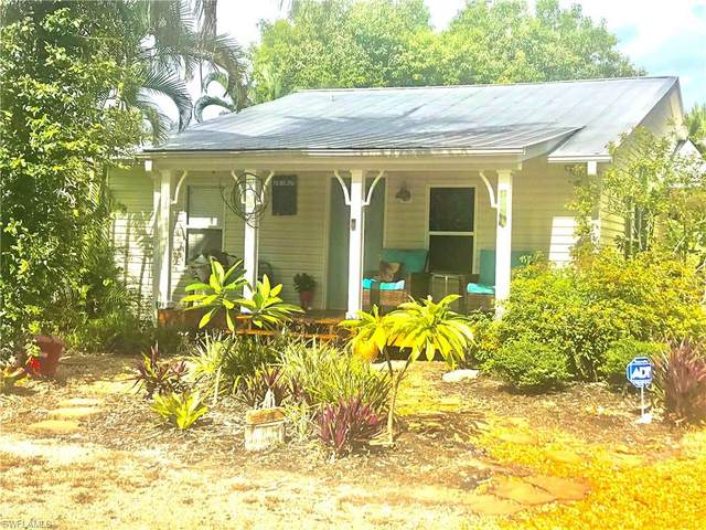 18461 Pioneer Road, Fort Myers, FL 33908 (MLS #220047369) :: Florida Homestar Team