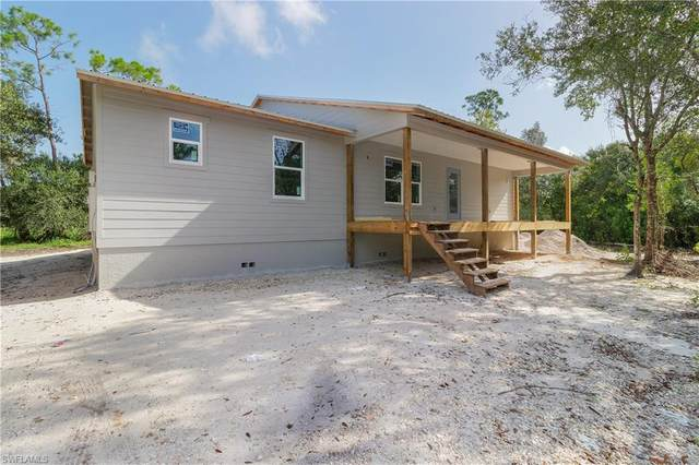 9741 Councilor Lane, North Fort Myers, FL 33917 (MLS #220048949) :: Florida Homestar Team