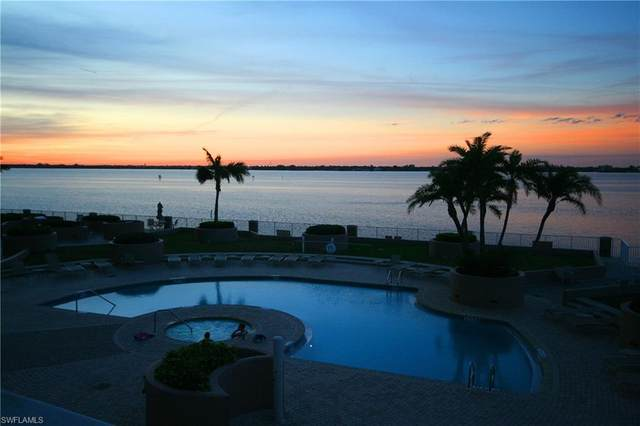 2090 W 1st Street G407, Fort Myers, FL 33901 (#220053183) :: Southwest Florida R.E. Group Inc