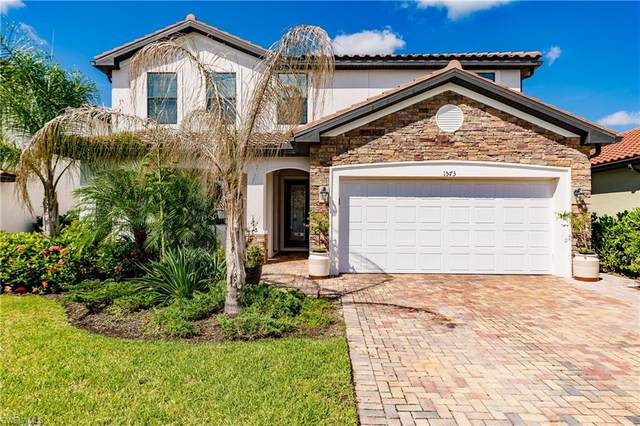 1573 Vizcaya Lane, Naples, FL 34113 (#220054040) :: Southwest Florida R.E. Group Inc