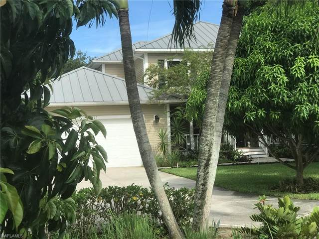 3427 Via Torcida, Fort Myers, FL 33901 (#220054179) :: Caine Premier Properties