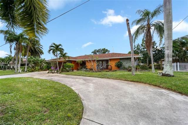 1000 N Town And River Drive, Fort Myers, FL 33919 (MLS #220063317) :: Florida Homestar Team