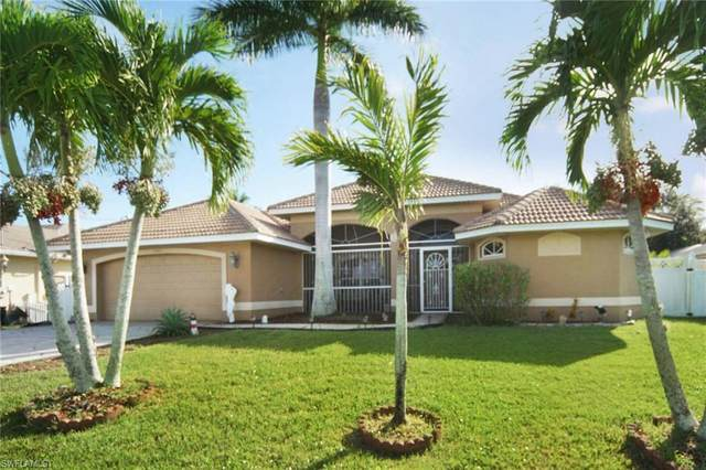 4907 Agualinda Boulevard, Cape Coral, FL 33914 (#220068382) :: Vincent Napoleon Luxury Real Estate
