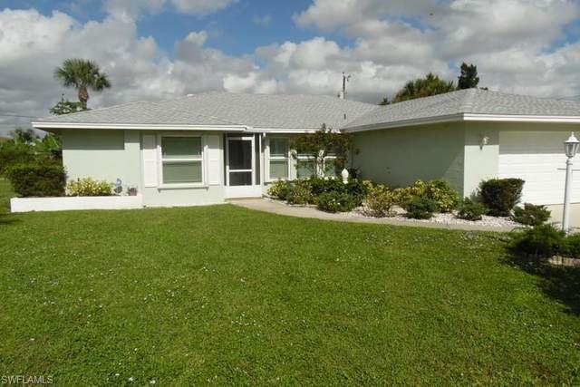 313 Malabar Street, Lehigh Acres, FL 33936 (#220069171) :: Caine Luxury Team