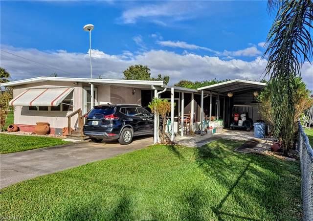1021 Blue Heron Lane, Moore Haven, FL 33471 (MLS #220070897) :: RE/MAX Realty Group