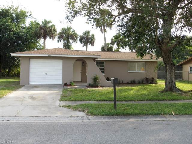 4908 Jeanie Lane E, Fort Myers, FL 33905 (#220076897) :: The Michelle Thomas Team