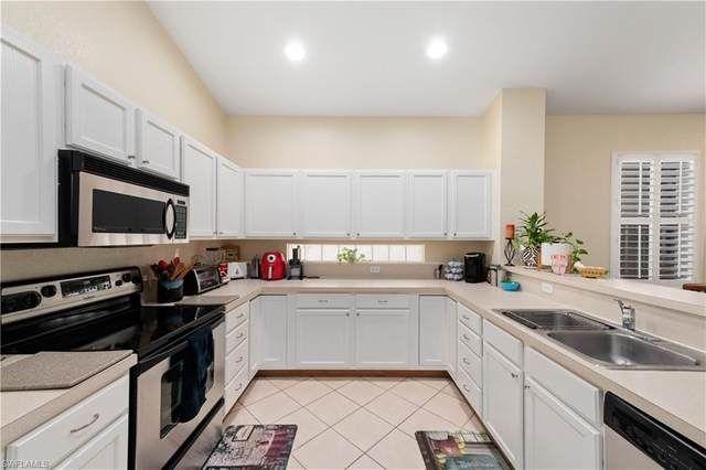 17565 Holly Oak Avenue, Fort Myers, FL 33967 (MLS #221003261) :: Kris Asquith's Diamond Coastal Group