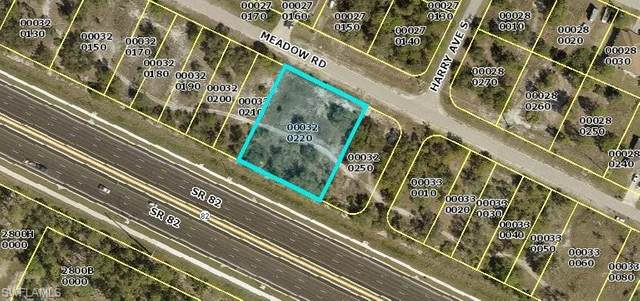 956 Meadow Road, Lehigh Acres, FL 33973 (MLS #221014249) :: The Naples Beach And Homes Team/MVP Realty
