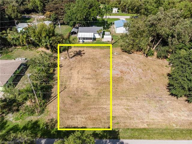 5902 Marina Road, Bokeelia, FL 33922 (MLS #221014458) :: BonitaFLProperties