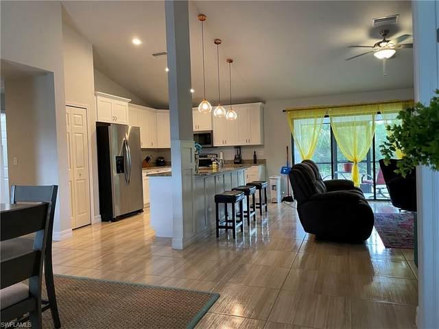 718 Plumosa Avenue, Lehigh Acres, FL 33972 (MLS #221015158) :: Clausen Properties, Inc.