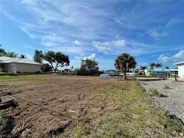 3881 Galt Island Avenue, St. James City, FL 33956 (MLS #221022632) :: The Naples Beach And Homes Team/MVP Realty