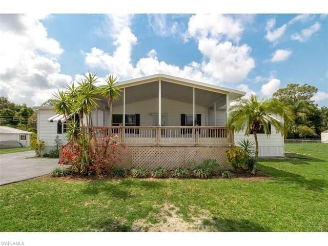 11337 Sunray Drive, Bonita Springs, FL 34135 (#221028466) :: Caine Luxury Team