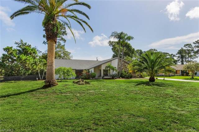 2462 Round Table Court, Fort Myers, FL 33912 (MLS #221029253) :: Team Swanbeck