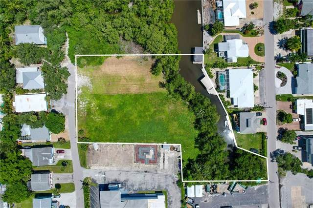 170 Chapel Street, Fort Myers Beach, FL 33931 (MLS #221035099) :: Realty One Group Connections