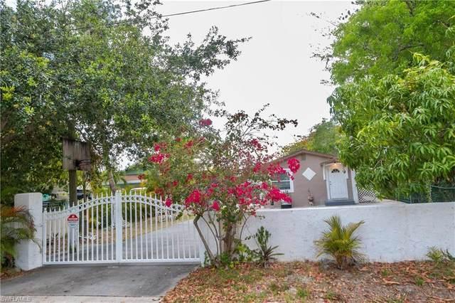 2480 Andrew Drive, Naples, FL 34112 (MLS #221036885) :: Domain Realty