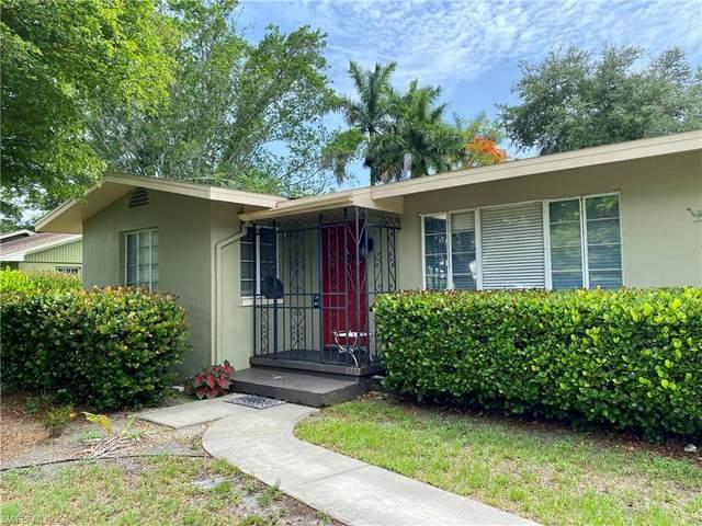 2520 Columbus Street, Fort Myers, FL 33901 (#221038965) :: The Dellatorè Real Estate Group