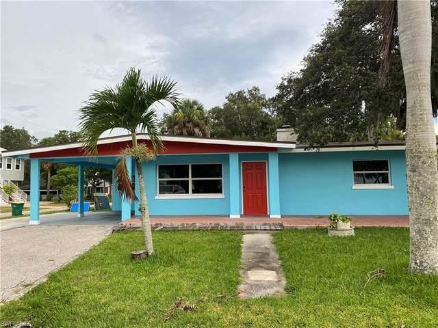 23022 Bayshore Road, Port Charlotte, FL 33980 (MLS #221041888) :: The Naples Beach And Homes Team/MVP Realty