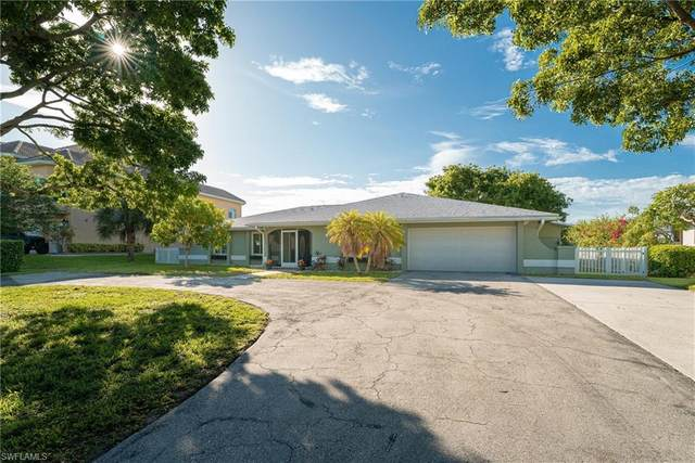 111 E North Shore Avenue, North Fort Myers, FL 33917 (MLS #221042091) :: Wentworth Realty Group