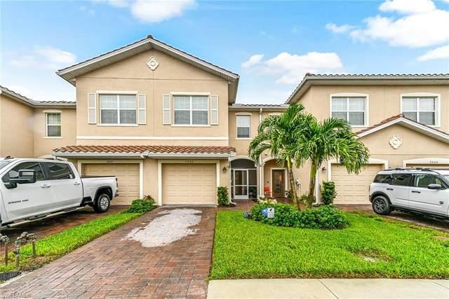 2668 Blossom Way, Naples, FL 34120 (#221047781) :: Southwest Florida R.E. Group Inc