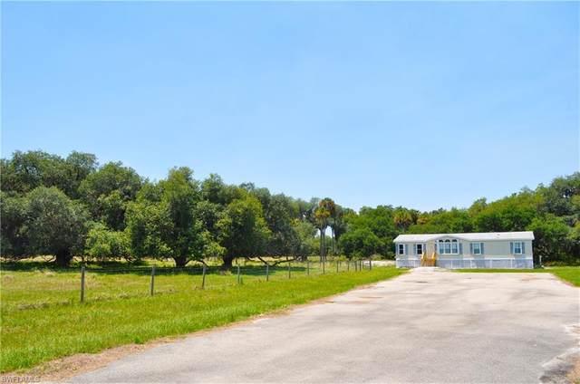 2134 Old Lakeport Road, Moore Haven, FL 33471 (MLS #221050314) :: RE/MAX Realty Team