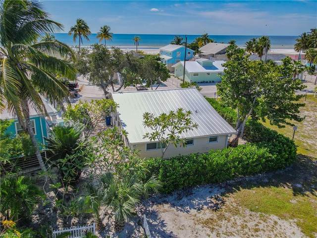 2543 Cottage Avenue, Fort Myers Beach, FL 33931 (#221054578) :: MVP Realty