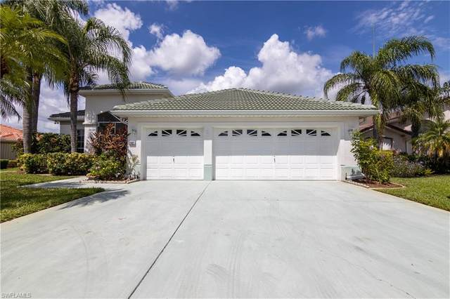 2401 Palo Duro Boulevard, North Fort Myers, FL 33917 (MLS #221064247) :: Avantgarde