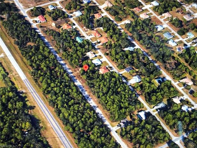 745/747 Meadow Road, Lehigh Acres, FL 33973 (#221067226) :: Southwest Florida R.E. Group Inc