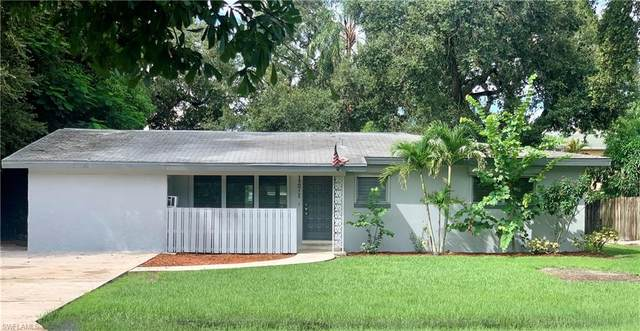 1271 Burtwood Drive, Fort Myers, FL 33901 (MLS #221067546) :: Realty One Group Connections