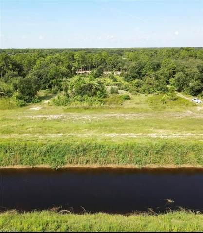 7511 22nd Terrace, Labelle, FL 33935 (#221068337) :: Southwest Florida R.E. Group Inc