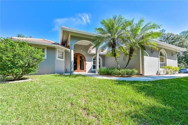 2825 68th Avenue NE, Naples, FL 34120 (MLS #221070186) :: Clausen Properties, Inc.