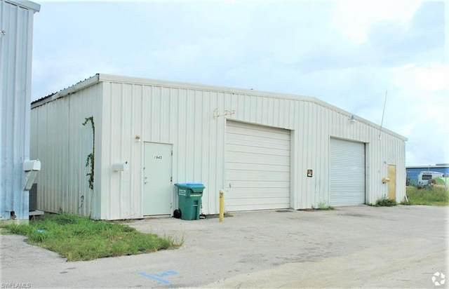 1945/1947 Custom Drive, Fort Myers, FL 33907 (MLS #221071377) :: Clausen Properties, Inc.