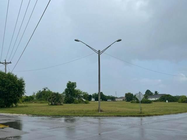 34 Jacaranda Parkway E, Cape Coral, FL 33909 (MLS #221074253) :: Clausen Properties, Inc.