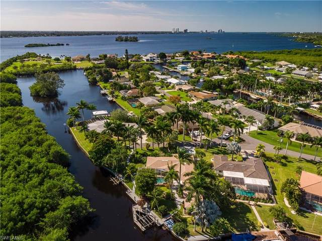 1771 Coral Way, North Fort Myers, FL 33917 (#221074856) :: We Talk SWFL