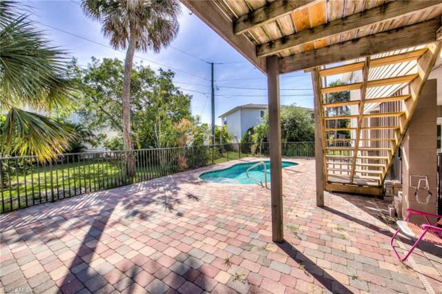 960 San Carlos Ct, Fort Myers Beach, FL 33931 (MLS #219013350) :: John R Wood Properties