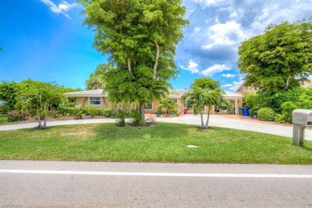6720 Overlook Dr, Fort Myers, FL 33919 (#219019772) :: The Dellatorè Real Estate Group