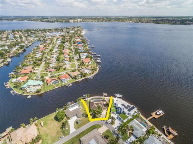 781 Coral Dr, Cape Coral, FL 33904 (MLS #219024977) :: RE/MAX Radiance
