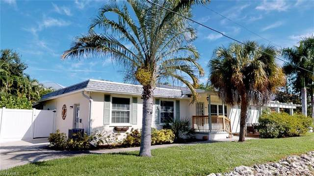 5871 Lauder St, Fort Myers Beach, FL 33931 (MLS #219077863) :: RE/MAX Realty Team