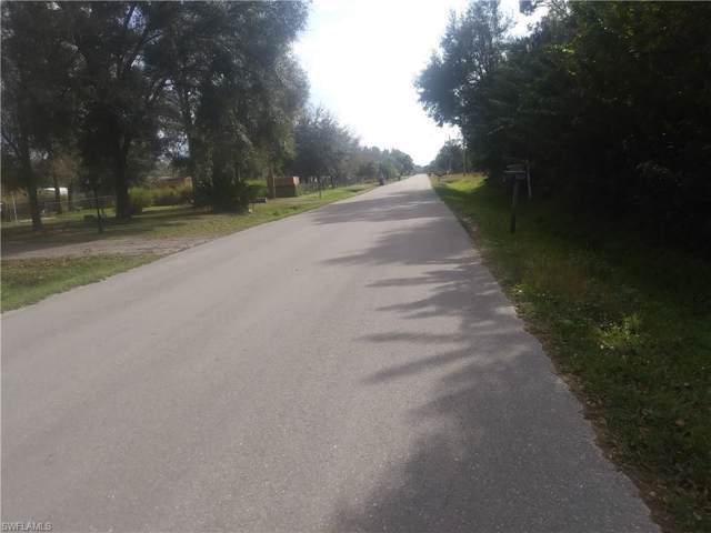 8376 Grady Dr, North Fort Myers, FL 33917 (MLS #220002998) :: Clausen Properties, Inc.