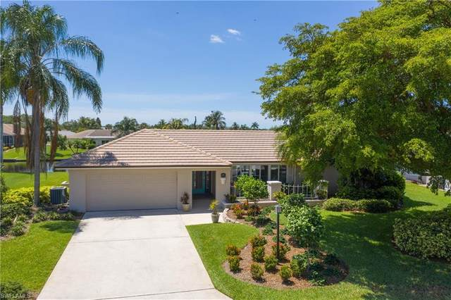 930 S Town And River Drive, Fort Myers, FL 33919 (#220028006) :: Southwest Florida R.E. Group Inc