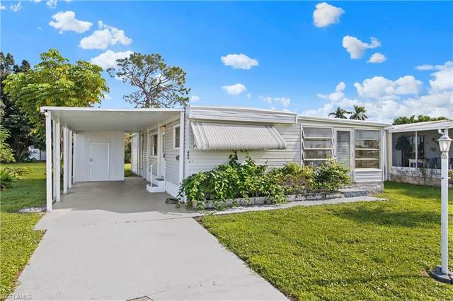 485 Riviera Boulevard W, Naples, FL 34112 (MLS #220071804) :: The Naples Beach And Homes Team/MVP Realty