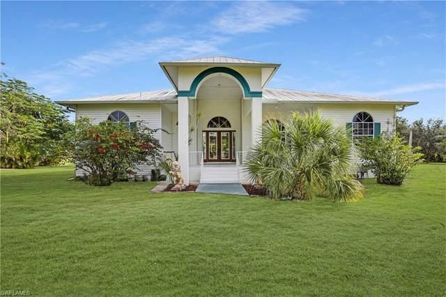 15790 Quail Trail, Bokeelia, FL 33922 (MLS #220081728) :: Clausen Properties, Inc.