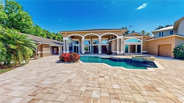 5680 Shaddelee Lane W, Fort Myers, FL 33919 (MLS #221015723) :: Avantgarde